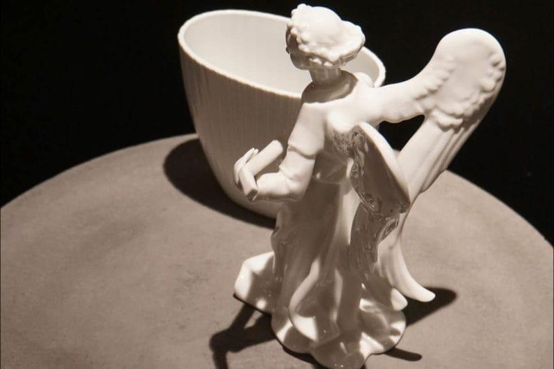 KPM Vase mit Engel