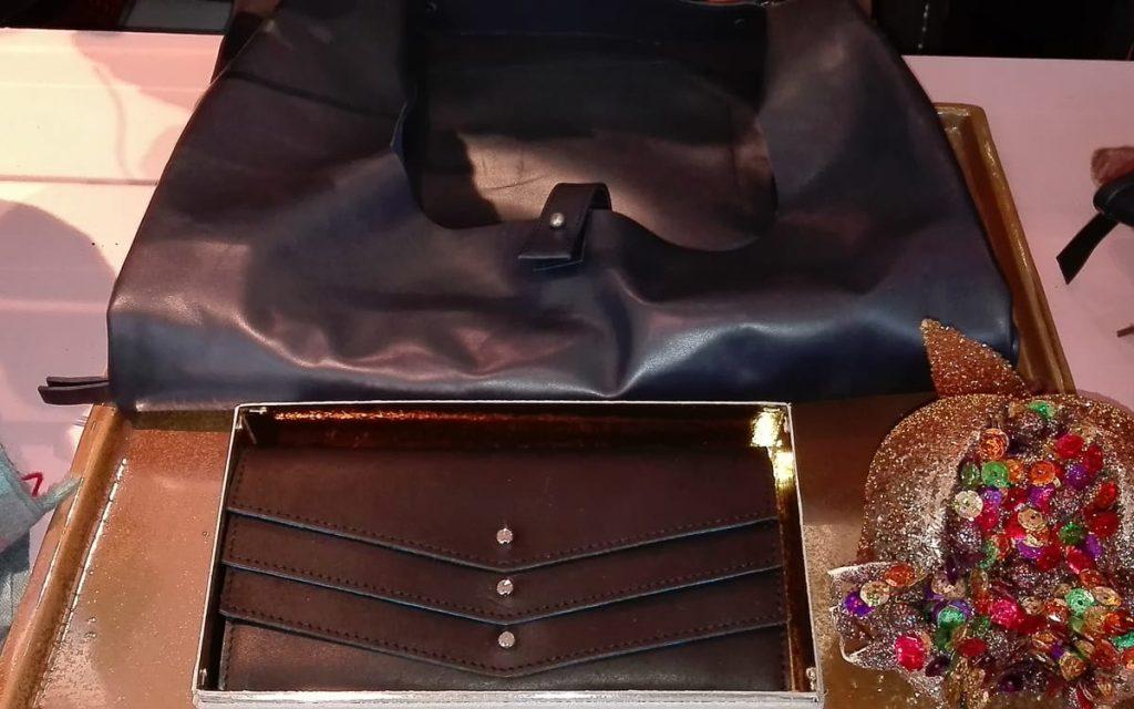 Tasche und Portmonee Manufaktur Eva Blut
