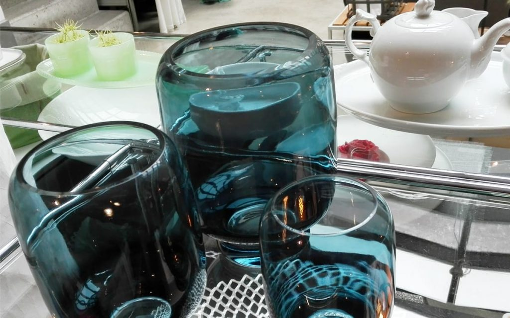 Neues Stelton blaue Vasen