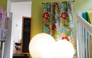 Wohnwelt im ecco erste Etage I Stoff von Baker, Leuchten Flötotto