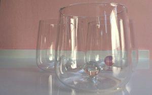 Stylisches Zafferano-Glas mit Kugel
