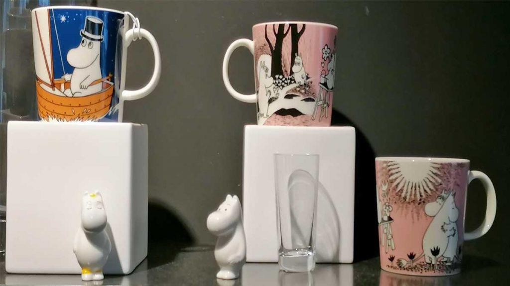 Mumins Tassen und Figuren