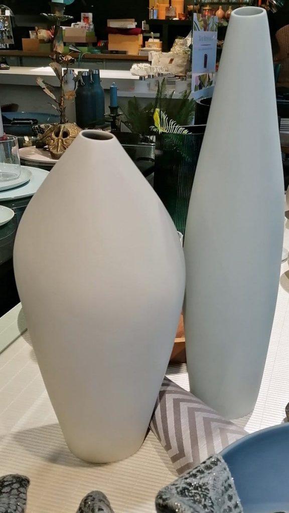 Biskuitporzellan I Stylische Vasen