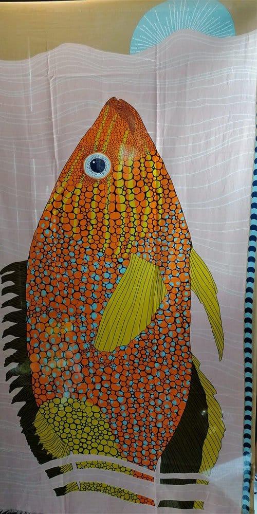 Schal mit Fischmotiv, Baumwolle